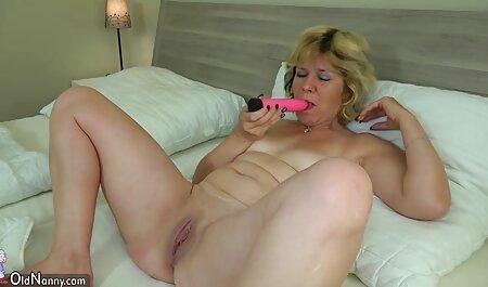 پرتغالی ها مشتاقانه خروس بزرگ شوهرش را می فیلم سکسی پسر نوجوان با زن خورد