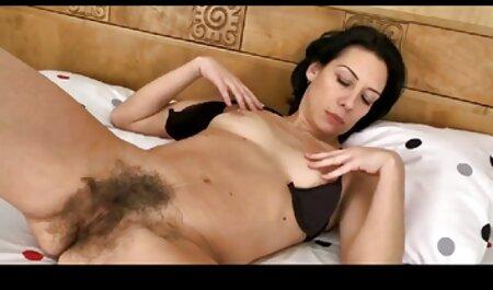 بانی روتن با شور و شوق مانوئل فرارا را فیلم سکسی زن و پسر در تمام اسلات ها فریب می دهد