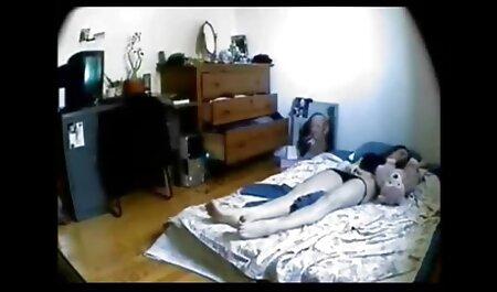 زن سیاه پوست یک شکاف نشت به یک پسر فیلم سکسی زن با پسر نوجوان داد و او را لعنتی کرد