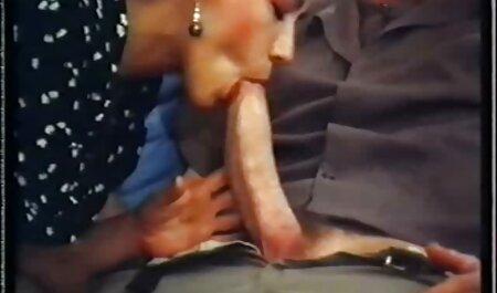 ماساژ درمانی زیبایی را آرام می کند ، روغن آن را سایت سکسی مادر پسر آب کرده و لعنتی می کند