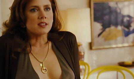 میلف با همسرش در هتل فیلم سکسی پسر با پسر خارجی گربه می کند