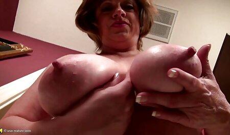 Busty Latina فیلم سکس دخترو پسر انگشت ماندا را با یک dildo لاستیکی لاستیکی انگشت می زند