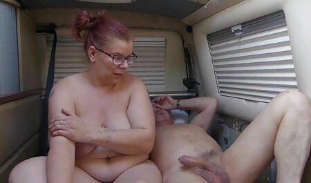 عاشقان مادر را با ناخن فیلم سکسی مادر پسر داستانی های قرمز در الاغ با یک فال بزرگ فاک می کنند