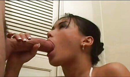 آدریانا چچیک با یک تاجر در سایت سکسی مادر پسر یک هتل در همه سوراخ ها لعنتی است