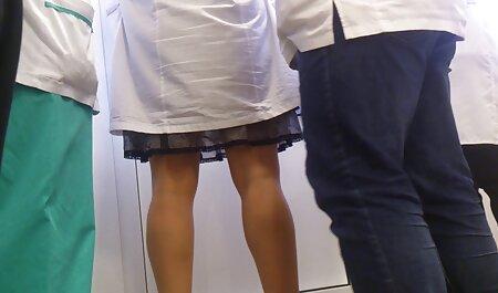 یک پسر با نوک پستان که سوراخ فیلم سکس دوست پسر شده بود و روی صورتش شل شده بود ، یک مادر شلوغ را پاره کرد