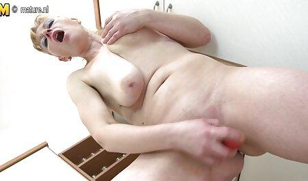 زیبایی با سینه های آبدار فیلم سکسی مادر و پسر جدید انگشت بیدمشک با یک مرد