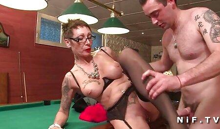 دختر آبدار توسط مردی با آلت بزرگ در اتاق خواب سکس پسرباپسرخوشگل مقعد می شود