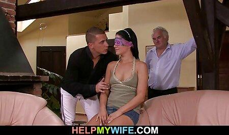 موی قرمز و لولا فائه فیلم سکسی دختر و پسر با بچه های کوچک یک خروس بزرگ به او داده شد