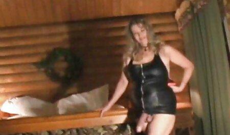 خانم بالغ جوراب فیلم سکس دخترو پسر ساق بلند عضو یک جیبی جوان است