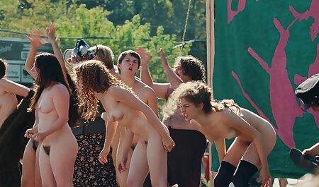 این زیبایی ها xnxx مادروپسر جوانان بزرگ را در وب کم نشان می دهد و آنها را خرد می کند