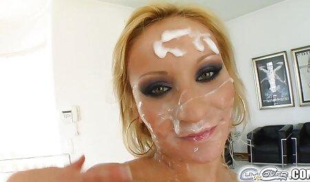 زن زیبا در نمایش لباس در مقابل وب سکس پسر با پسر فیلم کم دیواره بتونی