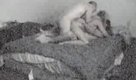 رئیس یک منشی فروتن عکس سکس پسر ومادر برای خلاء در ساعات کار استخدام کرد