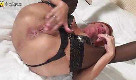 مادر الاغ در بدن ، بر روی خروس مرد مبتلا به سرطان سکسیکنفره واژن نشسته است