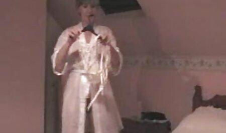 هاهال در کلاه مقعد داستان سکسی گی پسر بلوند لزبین در جوراب ساق بلند