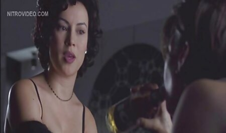 MILF بزرگ فیلم سکسی مادر با پسر خارجی labia عاشق مودار است