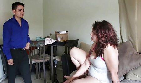 جوجه با جوانان زیبا از صورتش تقدیر می کند دانلود فیلم سکسی مامان با پسر