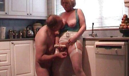 مامان بعد از کوونی و از فلم سکس پسر blowjob رابطه جنسی مقعدی دارد