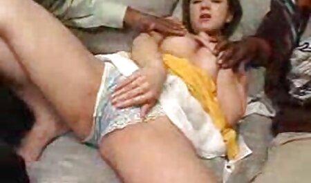 نوک سینه دانلود فیلم سکسی مادر وپسر زدن سبزه Busty در وب کم