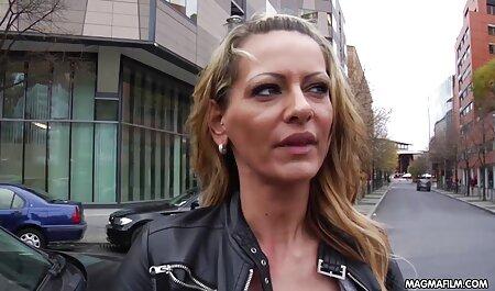 روزنامه نگار پس از مصاحبه سایت سکسی مادر پسر به همه اسلات ها تجاوز کرد
