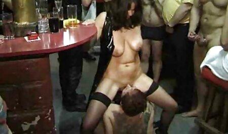مردی با دو دختر فیلم سکسی مامان با پسر روی یک نیمکت کپی می کند